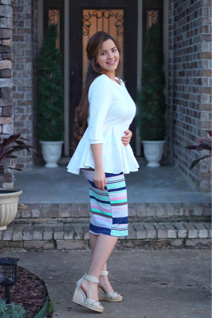 Our Peyton top and Brooklyn Skirt are avail now! Skirt S-3XL