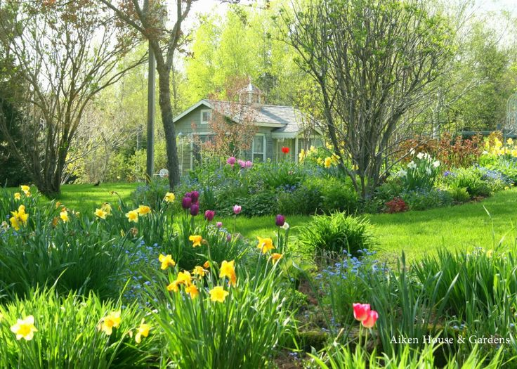 174 best images about Garden paths on Pinterest Gardens Arbors