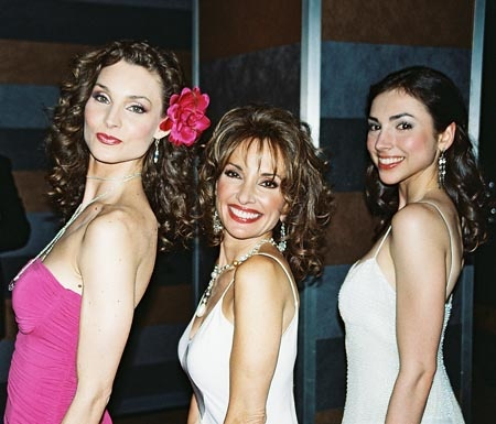 Alicia Minshew (Kendall Hart), Susan Lucci (Erica Kane) and Eden Riegel (Bianca Montgomery)~~All My Children