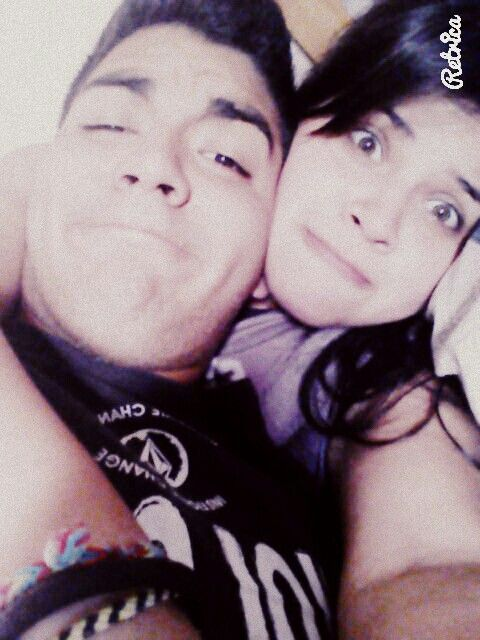 Feliz cumple-mes novio lindo ♡ Felices 14 meses Juntos.  Te amo con mi corazón entero !    06/03/2014~06/05/2015 • para siempre.