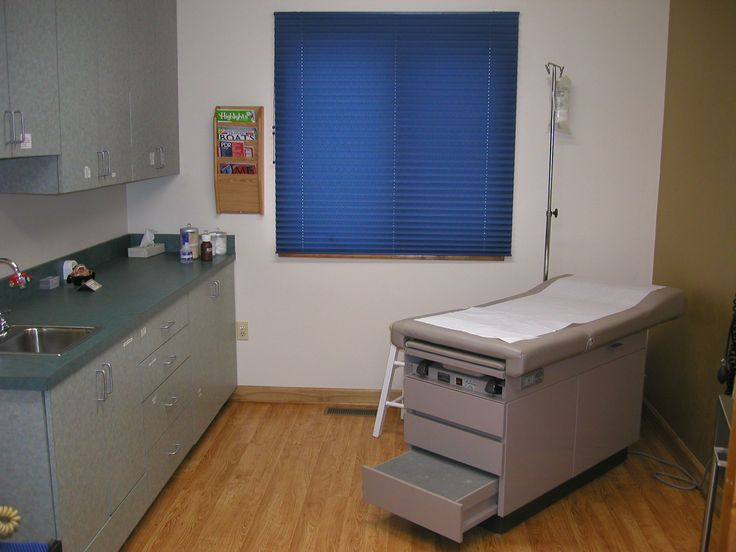 13 best doctor 39 s office ideas images on pinterest design for 6 x 12 office design ideas