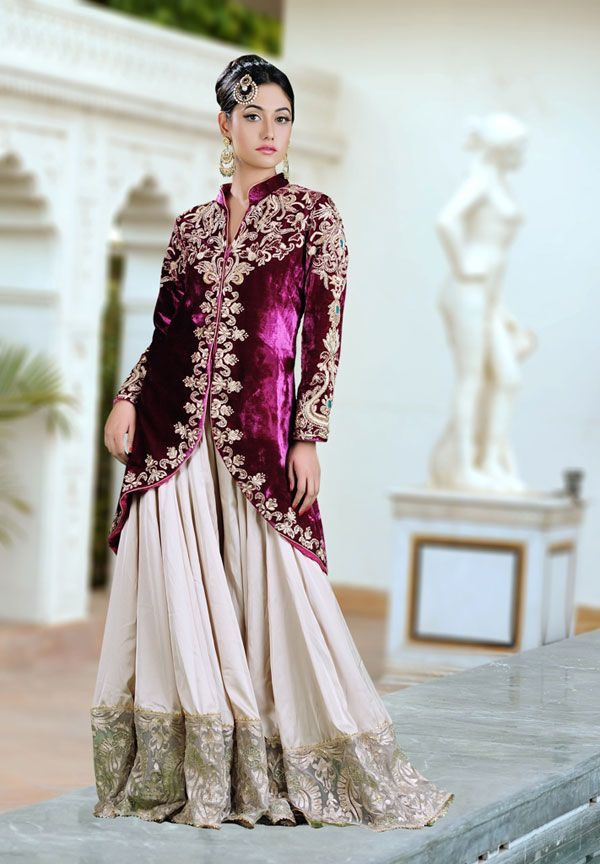 78  images about Designer Indian Bridal Wear on Pinterest  Jade ...