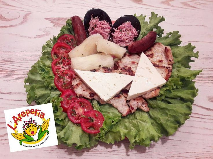 Irresistibile Churrasco di Pollo!!!!! #Churrasco #Pollo #instatravel #instapic #instagood #instafood #food #chicken #salsiccia #chorizo #salchicha #sausage #Florence #florencia #Firenze #foodflorence #foodnetwork #foodporn #instaflorence #venezuelano #Venezuela #comida #cibo #pranzo #almuerzo #cena #dinner #lunch
