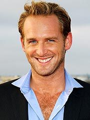 Josh Lucas! I don't usually go for dirty blond blue eyed men, but I can make an acception.