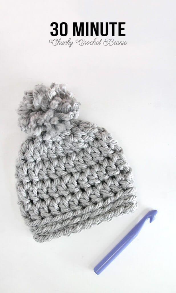 30 Minute Easy Chunky Crochet Beanie #crochetpattern #freecrochetpattern #easycrochet