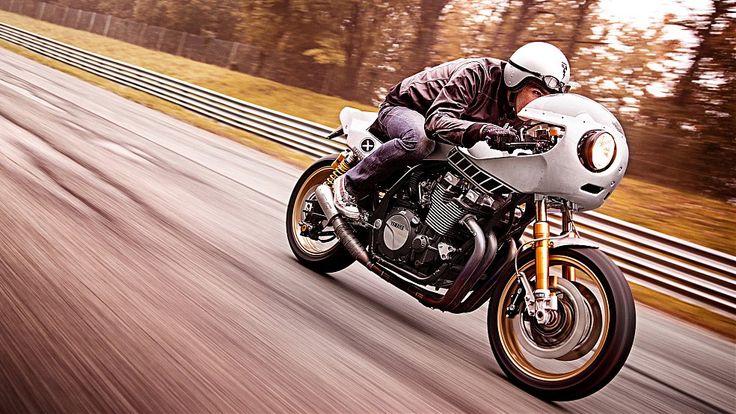 Yamaha XJR1300 Eau Rouge by Deus Ex Machina Italia