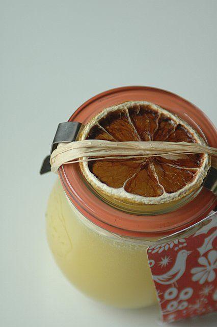 lemon curd in a weck jar with dried lemon slice - gorgeous!