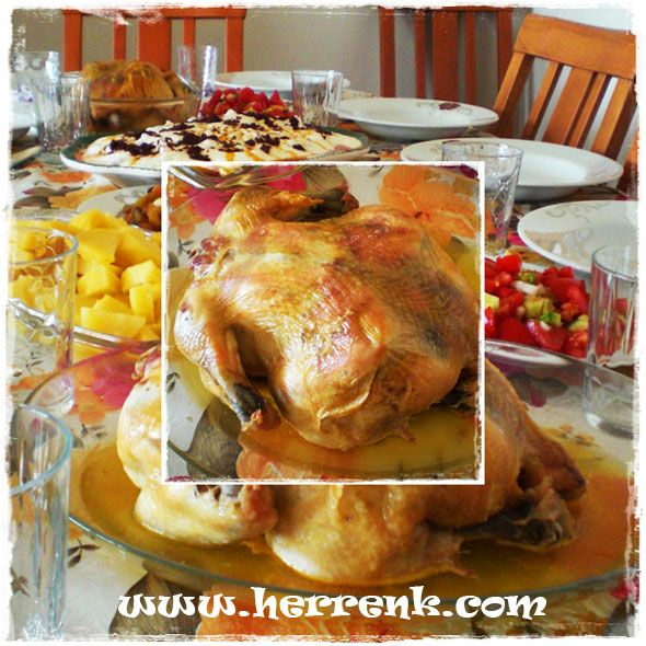 Fırın Poşetinde Bütün Tavuk Yemeği-fırında kızarmış bütün tavuk,iftar için,misafir için tavuk yemekleri,fırında tavuk,bütün tavuk nasıl pişirilir,tavuk yemekleri,herrenk mutfağı