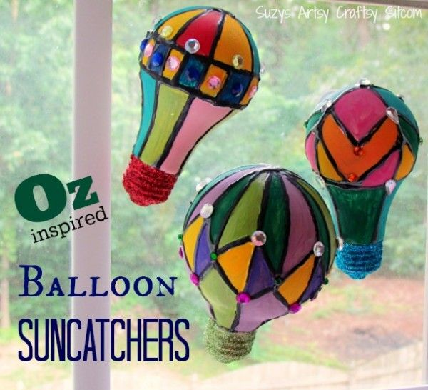 Hot air balloon suncatchers made from recycled light bulbs!  Lots of tutorials on this site!