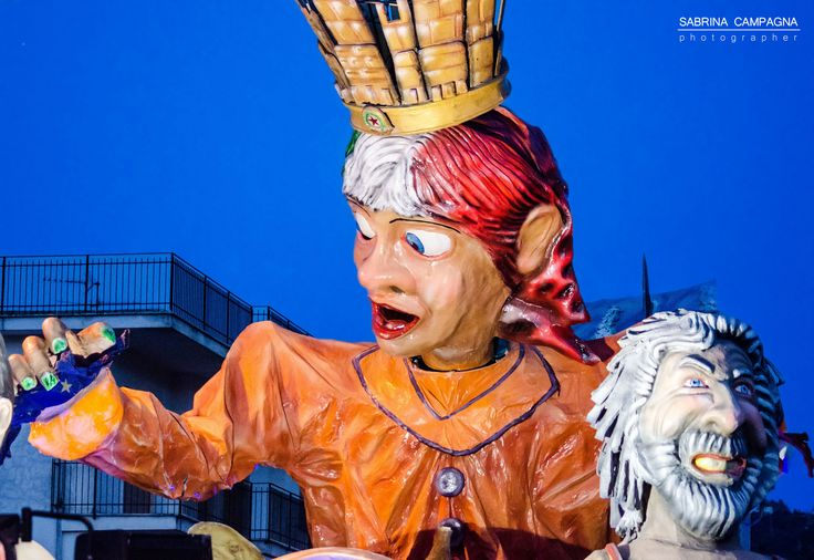 Carnevale di Agropoli 2015   Sfilata carri allegorici