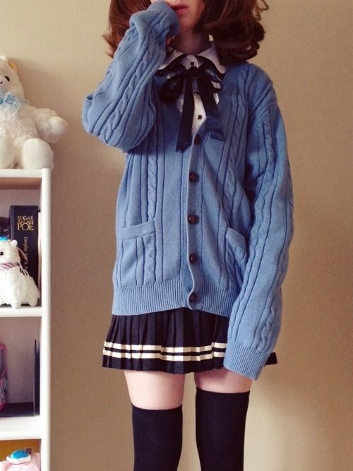 School outfit. Really good combination.
