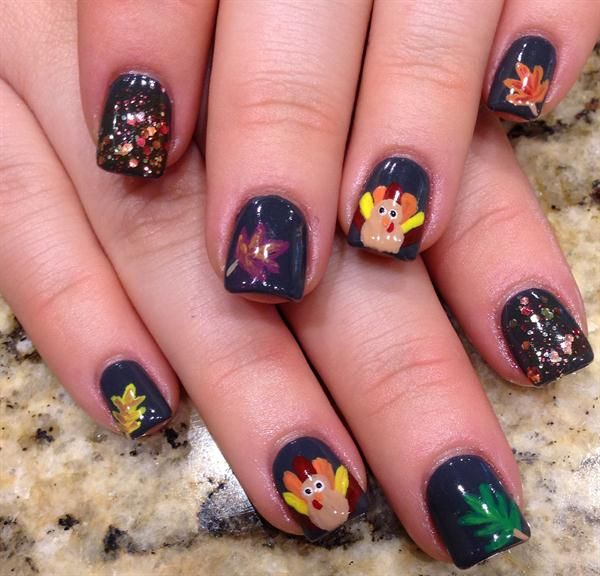 325 best images about Holiday Nail Art on Pinterest ...