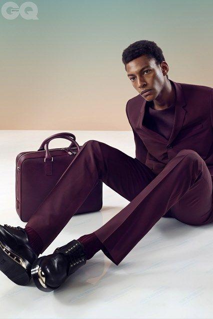 Kris Van Assche - Dior Homme suit in  www.jasjahit.com