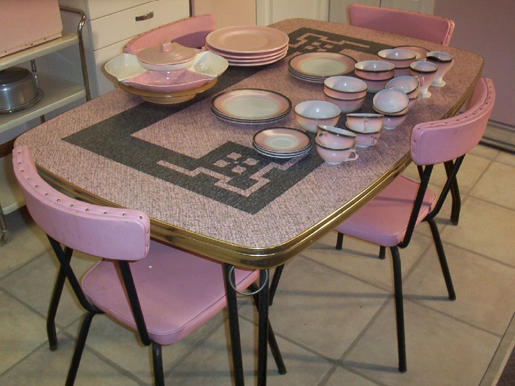 Dinette and dishes