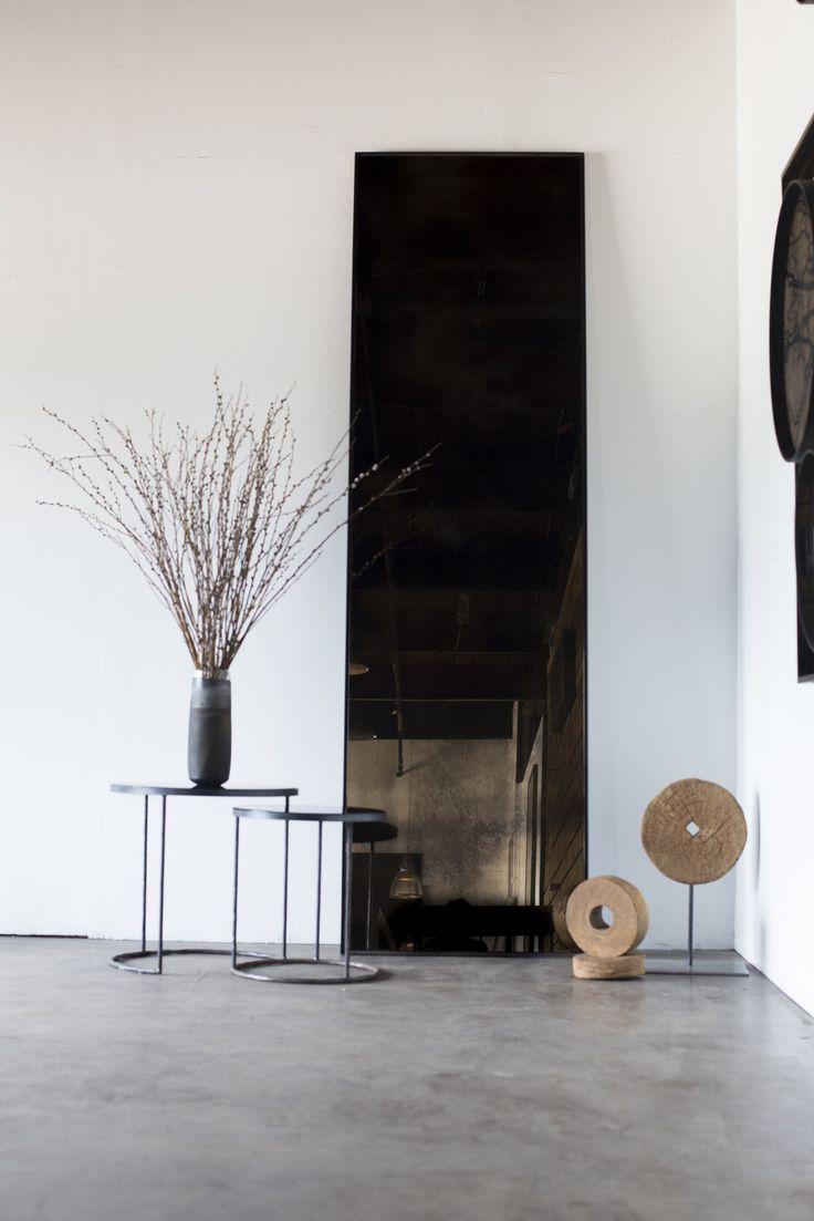 Specchio da terra rettangolare BRONZE FLOOR MIRROR Collezione Specchi by Notre Monde design Dawn Sweitzer