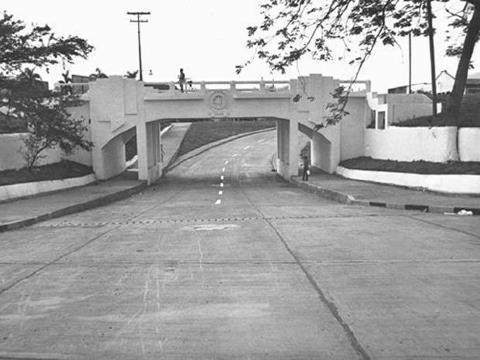 Puente de la Avenida 2 con Calle 25. Aixamar López: FOTOS ANTIGUAS SANTIAGO DE CALI