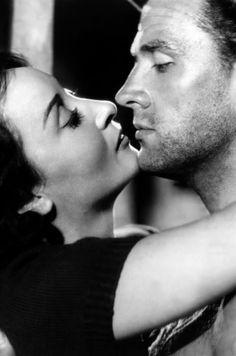 Ossessione (Visconti 1942) Gino (Massimo Girotti) and Giovanna (Clara ...