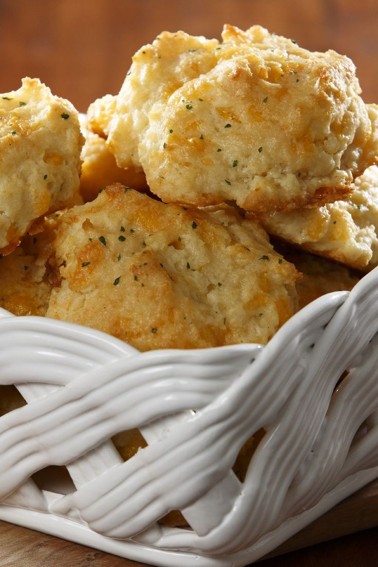 Cheddar Bay Biscuits | KitchMe