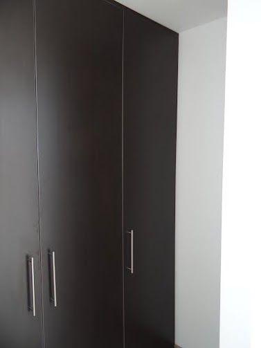Buenos closets..