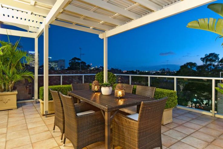 Outdoors at 155/41 Rocklands Road, Wollstonecraft  http://www.infinityproperty.com.au/buying/NSW/North-Shore-Lower/Wollstonecraft/Apartment/1P1227