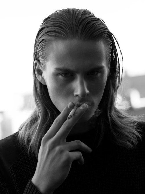 long-hair-is-back-for-men-this-2012.jpg (500×667)