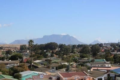 View of Table Mountain from within Kuils River suburbs - Kuils River - Cape Town.