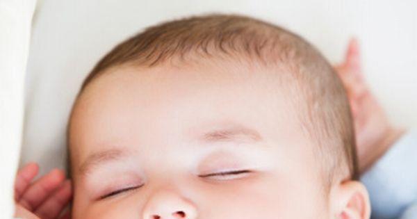 Sommeil de bébé : que faut-il penser de la méthode Pantley ? - Magicmaman.com
