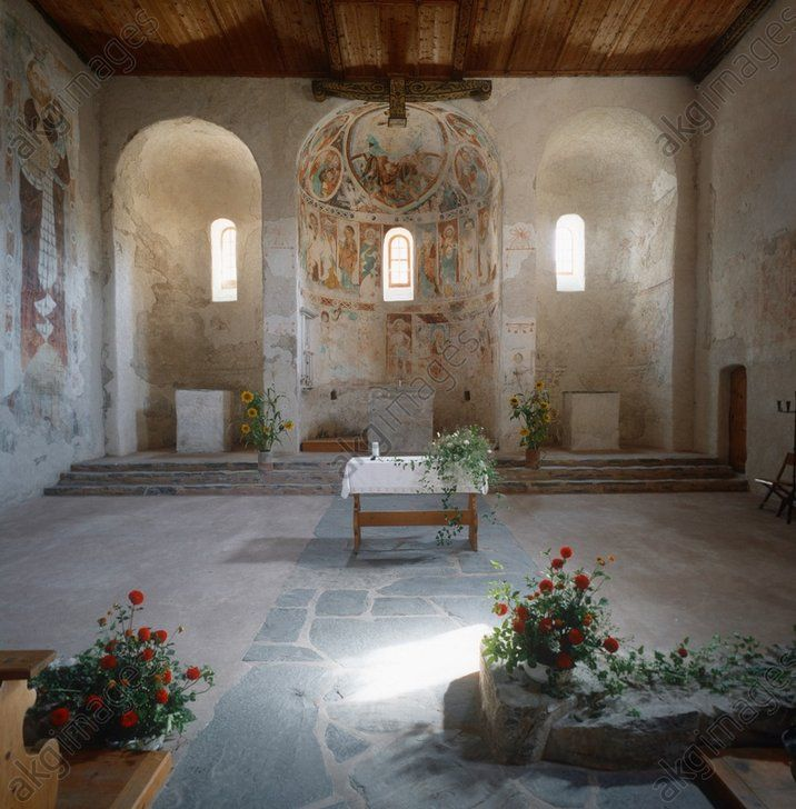 church architecture early christian byzantine carolingian Carolingian architecture is the style of it borrowed heavily from early christian and byzantine architecture early christian churches of.