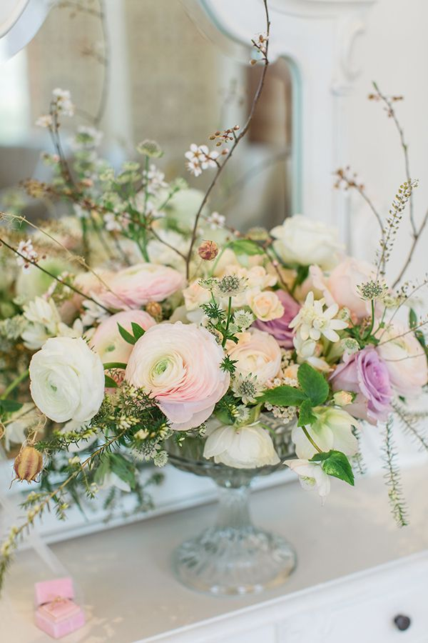 Trending Royal Wedding Inspiration Theme Centerpieces Table