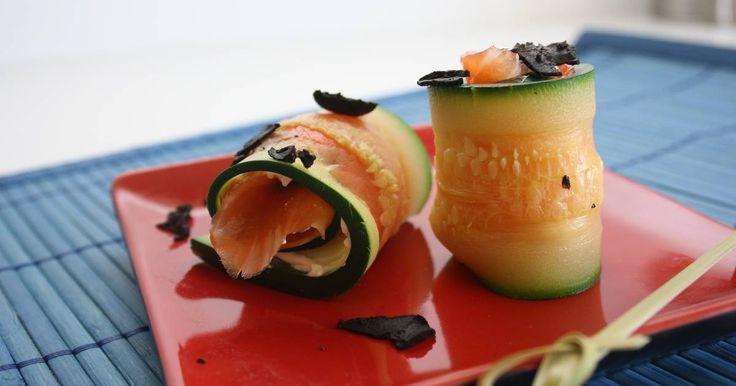 Fabulosa receta para Sushi de calabacín y trucha ahumada . No voy a poner cantidades, solamente ingredientes las cantidades vosotros veréis según los comensales.