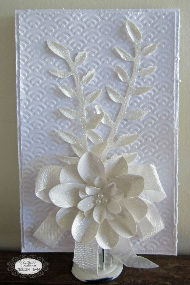 Couture Creations: Simple Card Set by Kerrie Gurney  | #couturecreationsaus #decorativedies #embossingfolders #cards #allocassion #ornamentallacedies #flowers #pennants