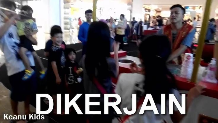 Beli es krim turki dikerjain | Turkish Ice Cream Man Is the Ultimate Pra...