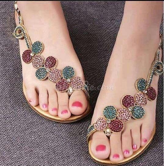 Amazing Shining Flat Sandals with Rhinestone Flower. Sandalias/