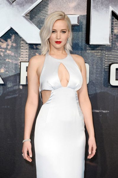 "Jennifer Lawrence Photos - Jennifer Lawrence attends a Global Fan Screening of ""X-Men Apocalypse"" at BFI IMAX on May 9, 2016 in London, England. - 'X-Men Apocalypse' - Global Fan Screening - Red Carpet Arrivals"