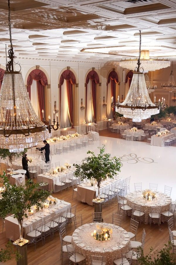 Wedding Reception Table Layout Ideas-A Mix of Rectangular and Circular Tables