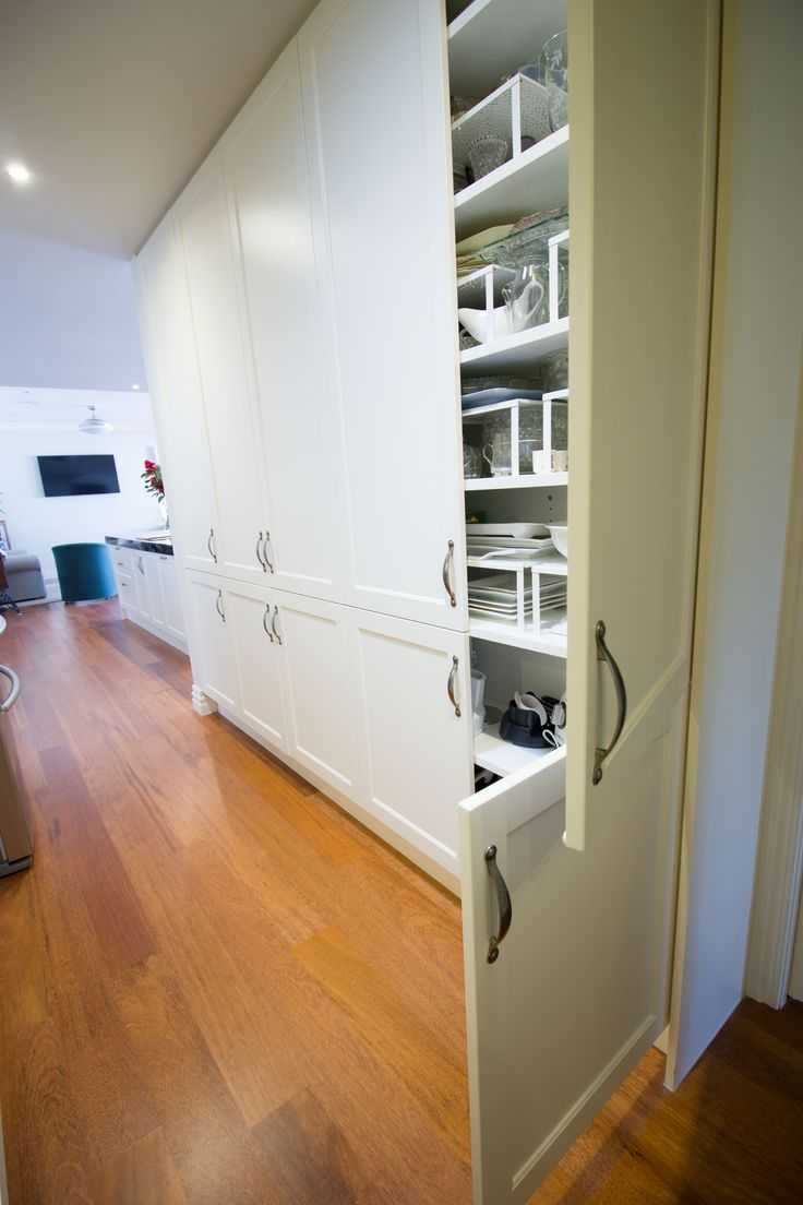 Traditional kitchen. Pantry cupboard. www.thekitchendesigncentre.com.au