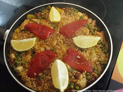 A few weeks ago, I was invited to La Tasca in Renfield Street, Glasgow to watch Executive Chef Antonio Bennetto and Thomas, the La Tasca chef, demonstrate cooking paella, as well as tasting the del…