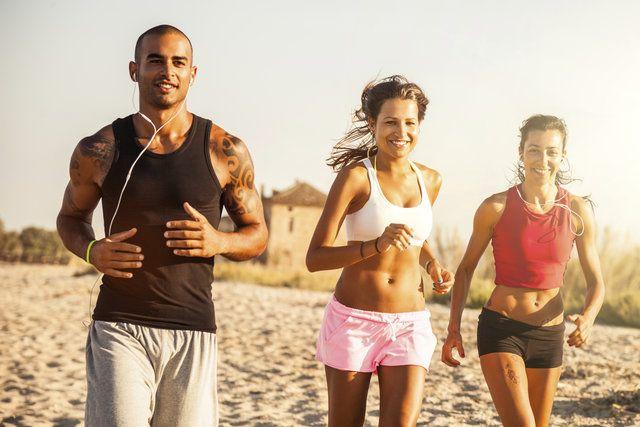 Dein bestes Rennen – Teil 2: Schneller laufen mit der richtigen Ernährung
