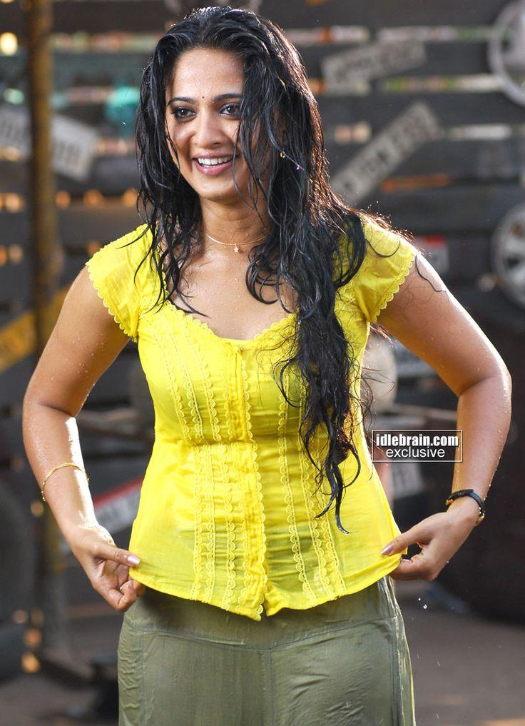 Anushka Photo Gallery - Telugu Cinema Actress  Anushka -8160