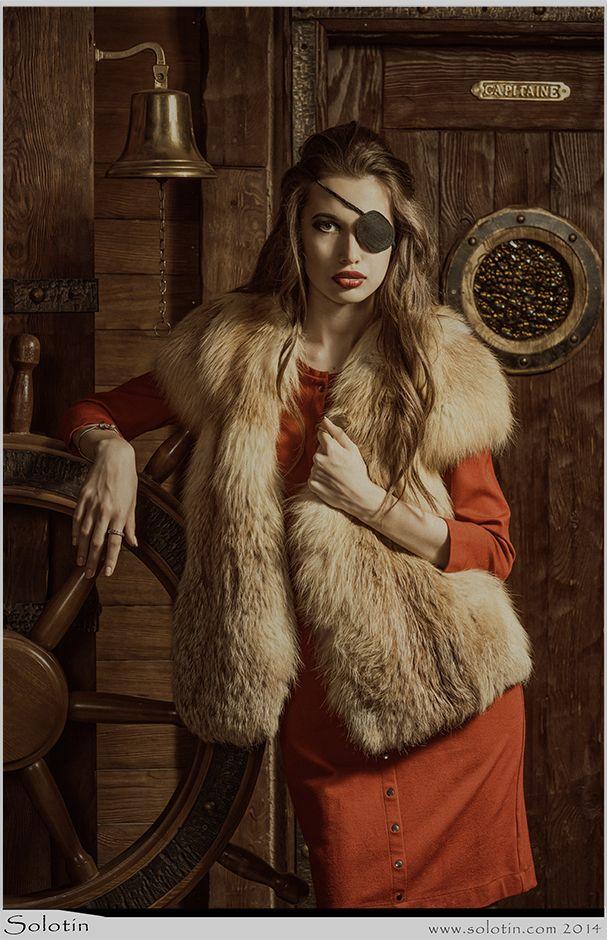 девушка, пират, одноглазая, повязка на глаз, модель