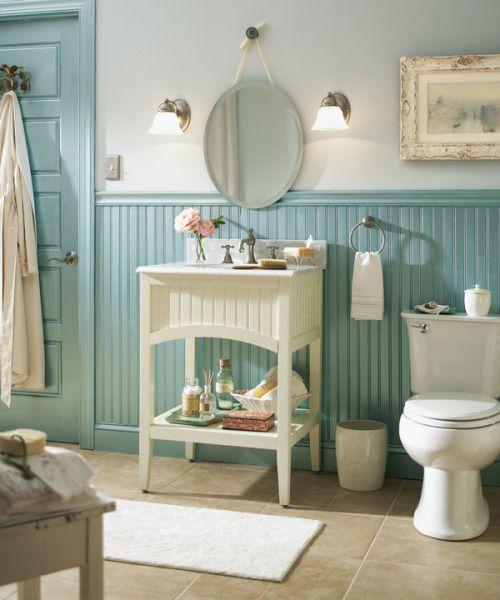 Cottage blue bathroom