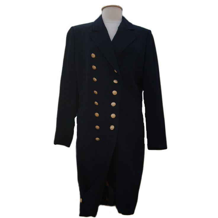Lang donkerblauw colbert van Pauw. Prachtig model, maat 42. Tweedehands Klassekleding : kleding waar vrouwen van houden