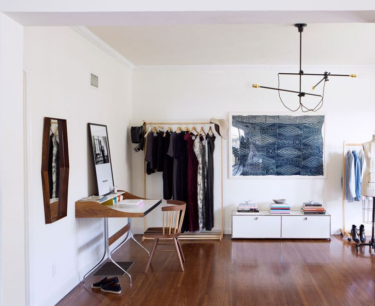 The age-old craft of indigo dyeing looks right at home with midcentury and contemporary pieces in Katherine Tsina's studio. | Lonny.com