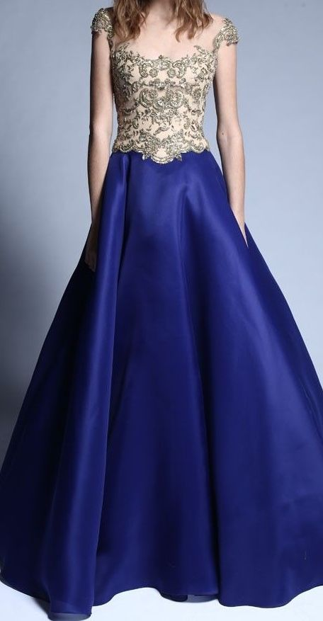 Reem Acra, Pre-Fall 2014. I wish I had the money to afford this dress.. course then I'd need somewhere to wear it...