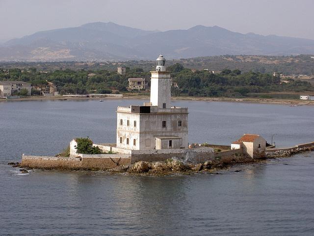 Isola della Bocca lighthouse [1887 - Olbia, Sardinia, Italy]