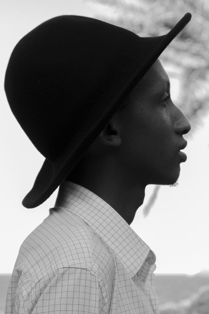 Honest Arroyal wearing the best hat of the Swahili Fashion Week in Dar Es Salaam
