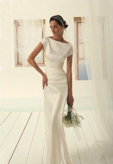 Plain Simple Wedding Dresses / This is what i would have wanted if i had seen it then