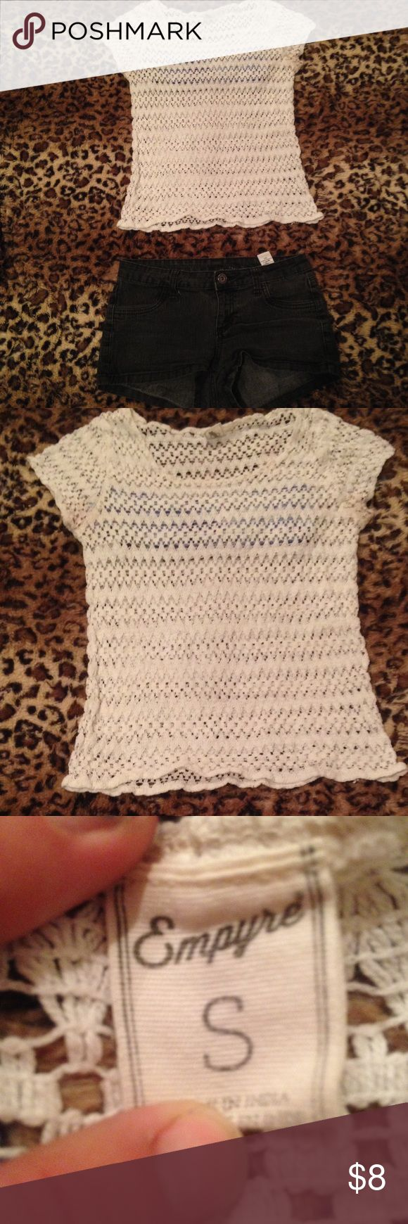 Crotchet See Through Top White Crotchet See through Top, great condition, once loved but it's time for it to go, i need room in my closet‼️ Perfect to wear as a cover up or any time in the sun🌞 Tops Tees - Short Sleeve