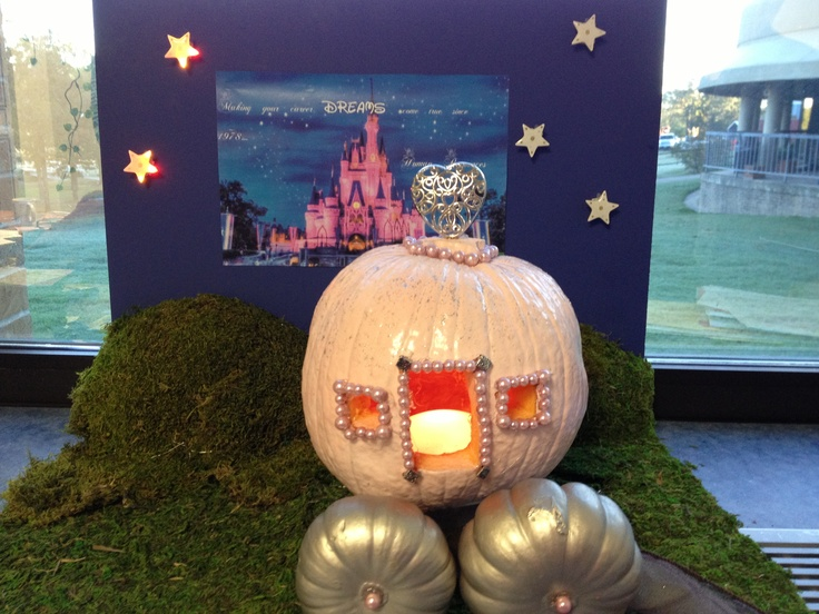 cinderella pumpkin to carriage