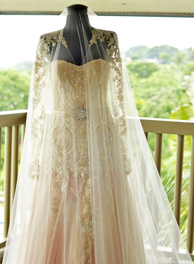The 25+ best Entourage gowns ideas on Pinterest | Inexpensive ...